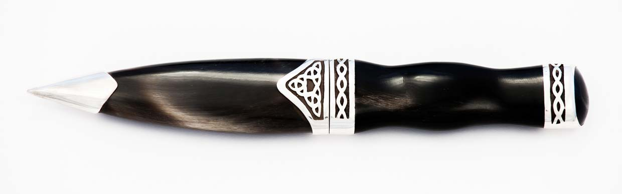 damascus horn sgian dubh closed