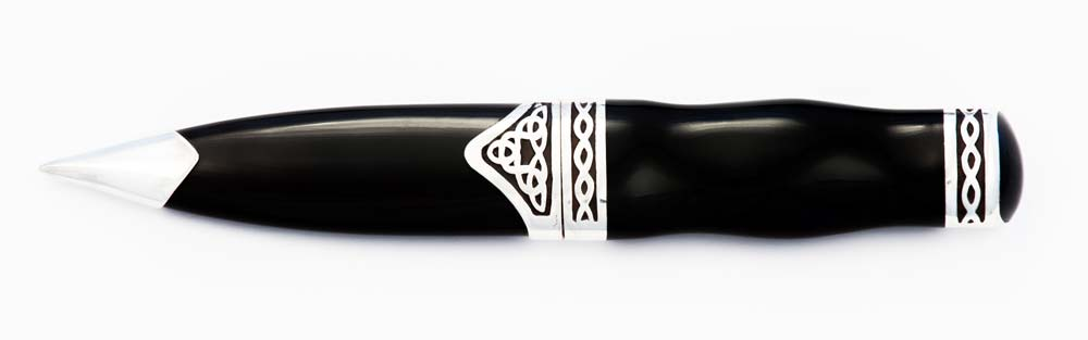horn stainless steel sgian dubh closed